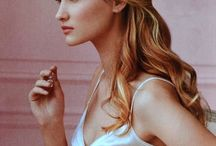 inspiration - bridal hair & makeup / Gorgeous hair and makeup ideas (with flowers thrown in here and there!)