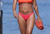 HOTNESS: Jada Pinkett Shows Off Her Bikini Body...While On Vacation In Hawaii