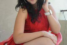 Actress Thighs