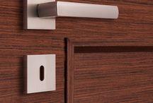 Klamki drzwiowe / Oferta klamek w stylu nowoczesnym oraz klasycznym charakteryzująca się ponadczasowym wzornictwem.