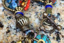 Multi-Strand Bracelet / Многорядные браслеты