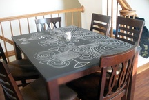 dining room table / by Marily Considine