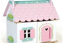 Dolls house / by No i Deer Gifts