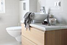 Home Decor - Bathroom / by Tiffany Burnham
