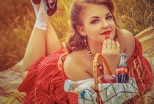 Classic Pin-up's & Rockabilly / Classic Style Pinup Girls