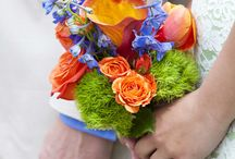 Providence Place Library: Colorful Spring Wedding / Providence, RI