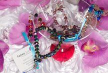 Fashionable Spiritual Jewelry Displays