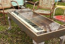 Old Piano & Art