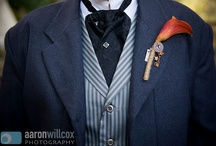 Groom: Jacket, Tie, boutonniere ideas, colors and combos / Great ideas for that perfect combination of jacket, shirt, tie and boutonniere.
