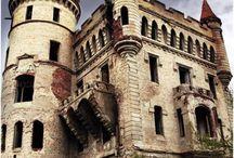 Castles & Chateaux's