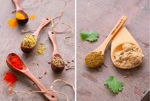Foods-Homemade Spices, Rubs & Seasonings / by Mary (Twinkle) Brady
