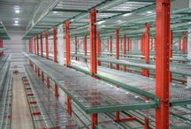 Furniture Cantilever Racking / This type of cantilever rack is basically cantilever rack with shelves.  It issued often in the furniture business, but can be used in many different applications.