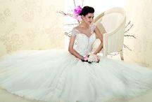 Collezione sposa Delsa 2015 / Gli abiti Delsa 2015 sono disponibili nel nostro atelier. Fissa il tuo appuntamento.