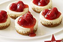 Cherry cheesecakes / Desserts