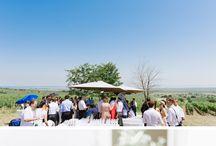Hochzeits-Locations Burgenland / Hier ist der Name Programm! Denn im Burgenland finden Brautpaare beeindruckende Burgen und Schlösser, Weingüter mit traumhaftem Flair oder charmante Locations am Neusiedler See. Auch eine Hochzeitsfeier auf einem Schiff am Neusiedlersee lädt ein, um in den sprichwörtlichen Hafen der Ehe einzufahren und bis in die frühen Morgenstunden zu feiern. Mehr traumhafte Hochzeits-Locations im Burgenland: http://hochzeits-location.info/heiraten/burgenland