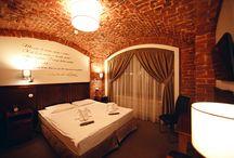 """Номер Достоевский / """"Мир спасет красота""""... говорил Достоевский, поэтому одноименный номер мини-отеля «Невский 74» особенно уютный и комфортный."""