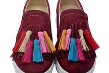 Bayan Ayakkabı / Bayan ayakkabı modelleri en ucuz fiyatlarıyla Outlet Çarşım'da. Topuklu ayakkabı, spor ayakkabı ve babet çeşitlerini kapıda ödeme ve kredi kartına taksit ile Outlet Çarşım'dan satın alabilirsiniz.