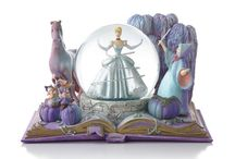Disney Collectibles / Decorative collectibles inspired by your favourite Disney characters.