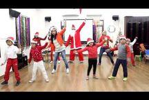 ENGLISH/ITALIAN SONGS+DANCE