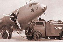 Škoda, ČLS / Československá letecká společnost  (ČLS) byla založena v roce 1927 Škodovými závody, základní kapitál společnosti činil 8 mil. Kč