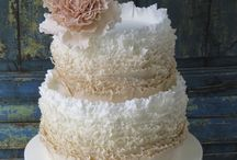 Wedding cakes by Florabunda & Cake / Beautiful textured wedding cakes designed especially for each individual bride and groom.