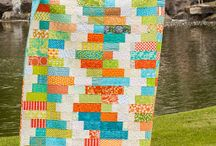 Quilts / by Hanna Stroud