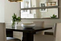 Sala de jantar pequena conjugada