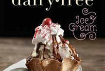Healthy Desserts / by Kayla Hinton
