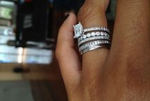 wedding ideas and rings / by Carrie Bermudez