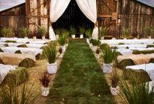 rustic/barn wedding