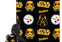NFL Star Wars Hugger & Fleece Blanket Set / This Star Wars and NFL set is sure to be a hit both in galaxies far far away and here on earth!  Give your ultimate fan, the ultimate gift!
