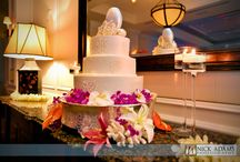 Island Style Wedding Cakes / Here are some island style or beach themed wedding cakes, cake pops and cupcakes.