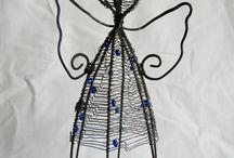 Djáteník/Tinker / Wired decorations and jewelry/ Drátované dekorace a šperky https://djatenik.wordpress.com/