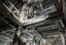 工場、廃墟