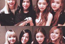 Blackpink 블랙핑크 / Debut : 8.8.2016 Label : YG Fan Club : Blink Members : Jisoo, Jennie, Rosé, Lisa