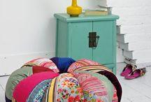 almohadones y piso