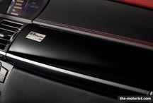 BMW X6M Design Edition / Die BMW M GmbH bietet ab sofort eine auf 100 Exemplare limitierte Sonderedition des BMW X6 an. Alle Details findet ihr hier: http://www.the-motorist.com/autonews/0058-bmw-x6m-design-edition.html