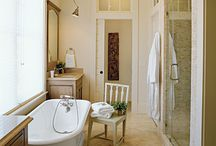 bathrooms / by Tracey