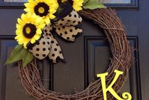 Sunflower wreath / by Brittany Gonder