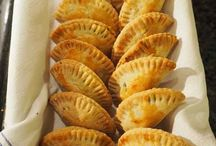 recipes - canapes, tapas, dips, nibbles / Good food to pick at with drinks before dinner