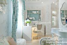 Дизайн интерьера маленькой квартиры в Кузьминках / Дизайн для небольшой квартиры Кузьминках имеет несколько комнат, которые обладают своей атмосферой. Многочисленные элементы оформление делают квартиру роскошной и уютной. Лёгкие и приятные цвета в детской понравятся любому ребёнку. Статная спальня в бежевых и коричневых тонах будет по нраву родителям.