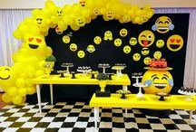 fiesta de emojis