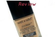 Foundations / Foundations galore - powder, liquid, cream - you'll see them all here!
