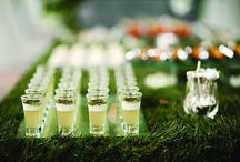 Wedding Cocktails / Sip in style on your big day! Check out these wedding drink and cocktail ideas.