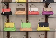 NumeroVentidue primavera estate 2016 / Ecco alcune delle nuove borse NumeroVentidue, tanti modelli e colori per un accessorio divertente che ti rende differente! Per la collezione Primavera Estate 2016 scegliamo i colori fluo e i colori pastello. Un nuovo modello caratterizza la linea 2016.