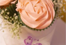 Cupcakes / by Sweet and Simple