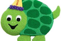 Turtle Cake Designs / This shape cake is made by using our Wilton Ladybug cake tin.