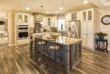Modernize your kitchen! / Customize your Ritz-Craft Modular kitchen to reflect you.  #michigannewhomedesign #Michiganmodularhome #michigancustombuilder