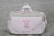 Sac de Matérnité Mon cocon d'amour  / Nous vous proposons  plusieurs modèles de sac à langer ou sac de matérnité disponibles sur notre blog http://www.cocondamour.com/2012/11/sac-de-maternite-et-de-sorti.html