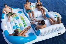 Pontoon boat accessories